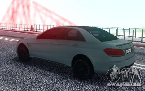 Mercedes-Benz AMG E63 4MATIC Sedan para GTA San Andreas