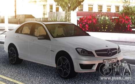 Mercedes-Benz C63 AMG W204 para GTA San Andreas